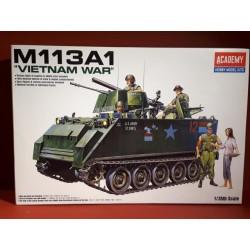 """M113A1 """"Vietnam war"""" mit Figuren"""