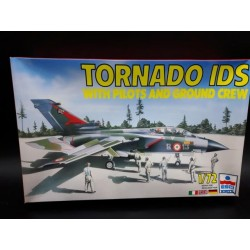 Tornado IDS with Pilots and Crew