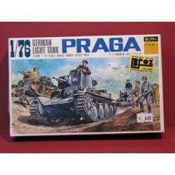Praga deutsch. Leichter panzer